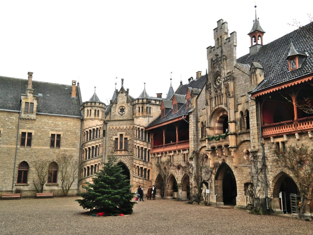 Slot Marienburg in Duitsland