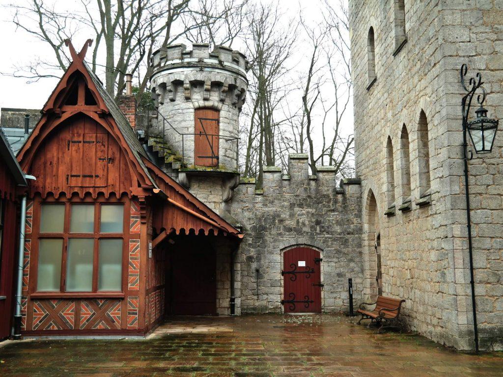 Slot Marienburg binnenplaats