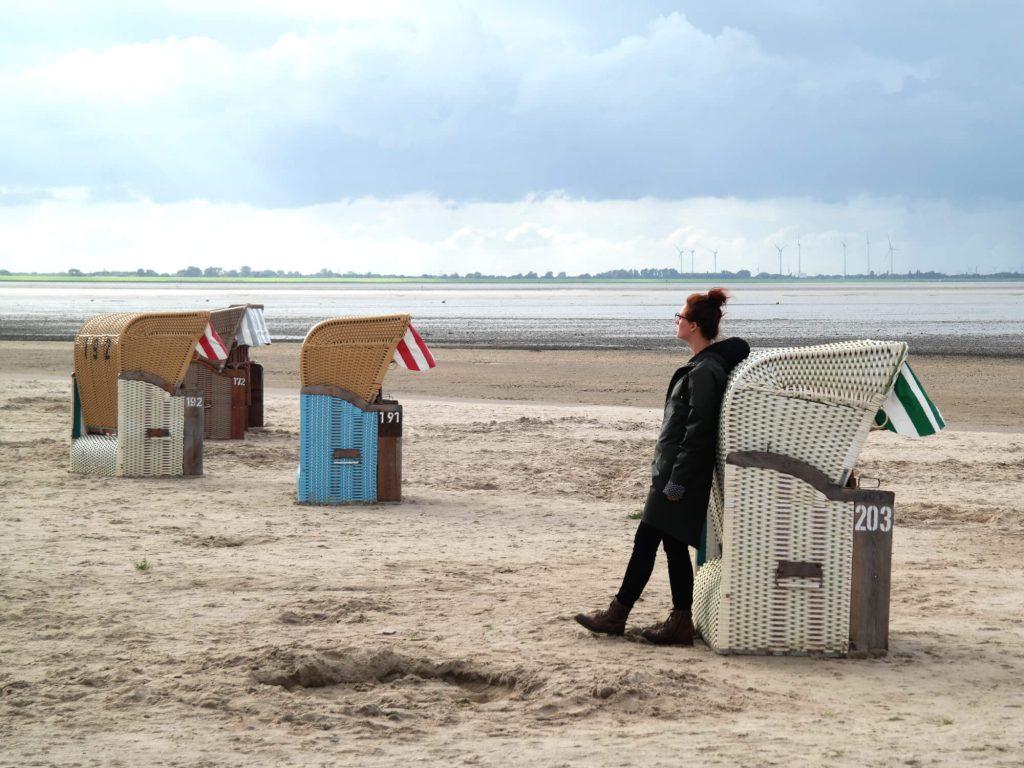 Strand met Strandkörben in Dangast aan de Duitse Noordzeekust
