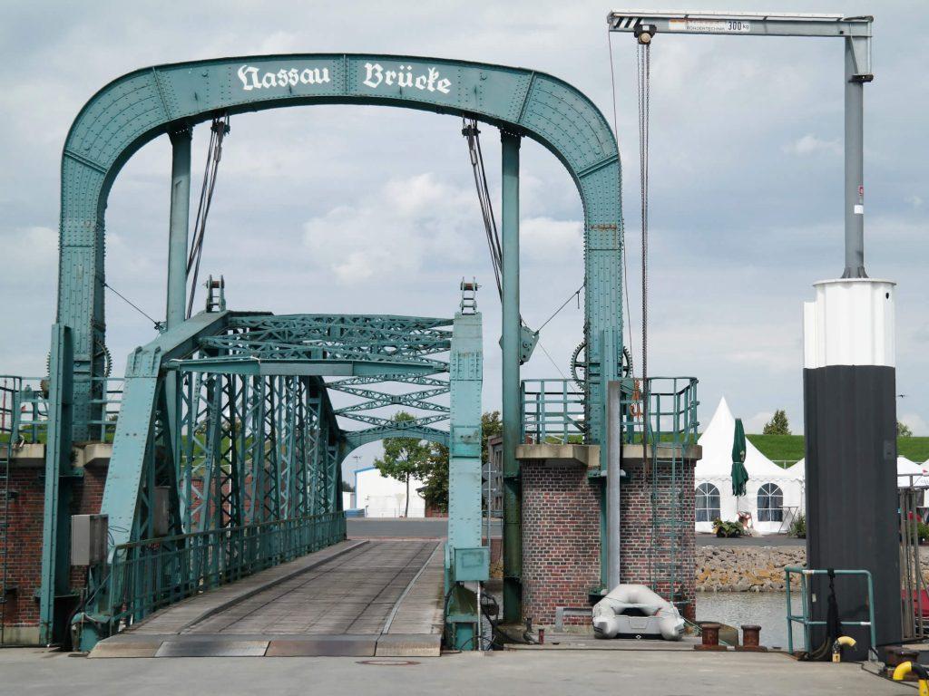 Nassaubrücke in Wilhelmshaven Duitsland