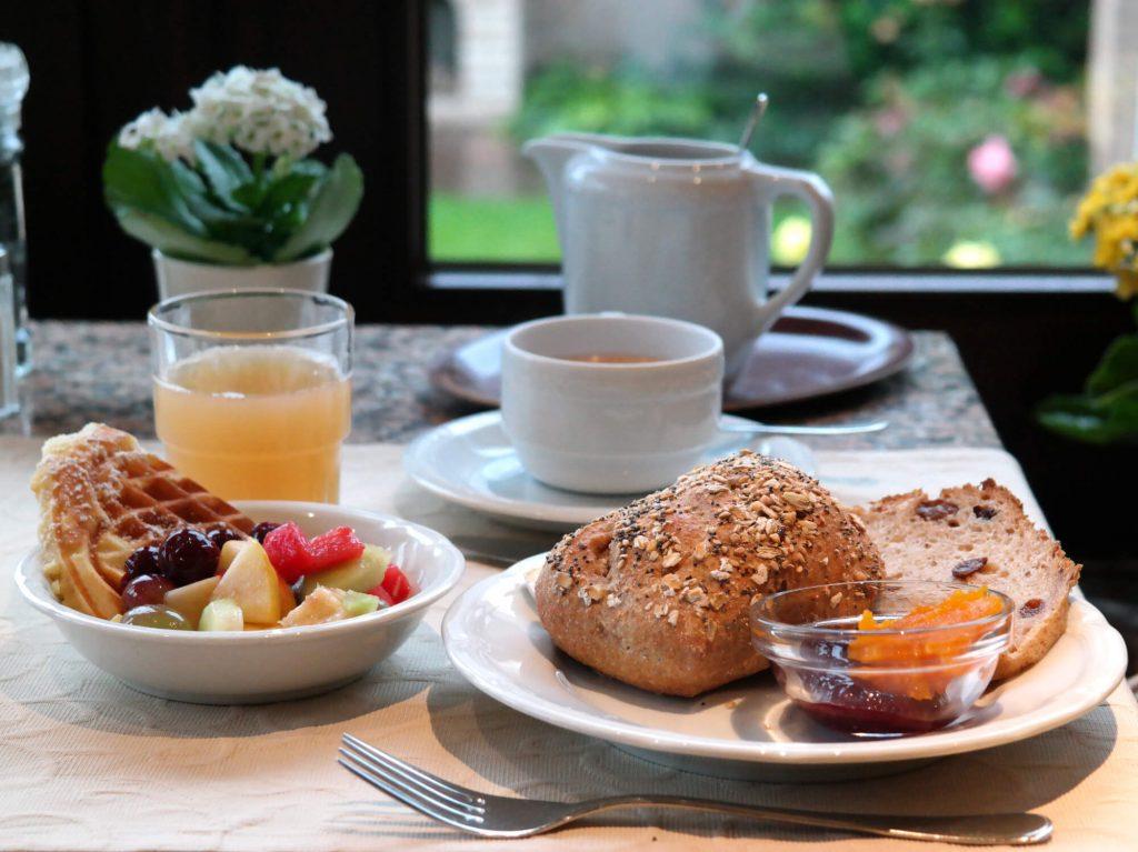 Ontbijt bij Bio-Hotel Melter in Bad Laer