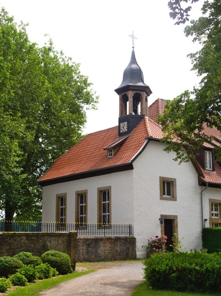 Kapel bij Herrenhaus Harkotten