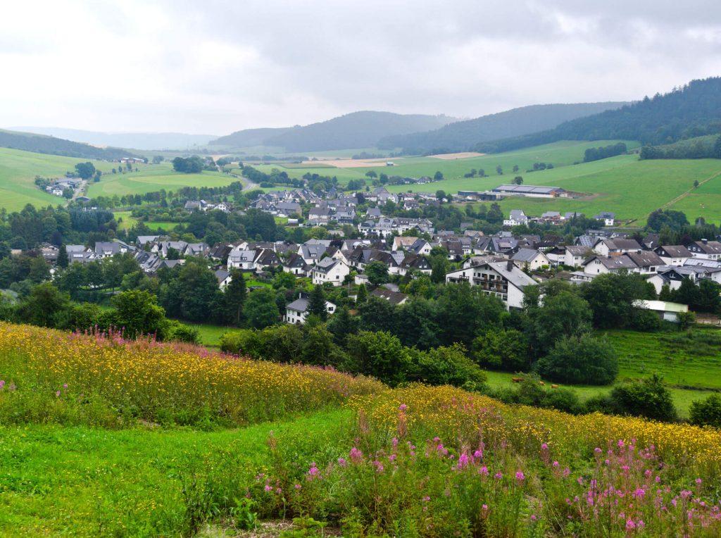 Uitzicht wandelroute Bödenfelder Höllenweg Sauerland